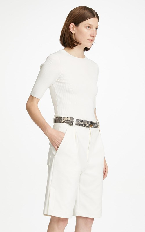 New   | VENTED PLEAT SHORT