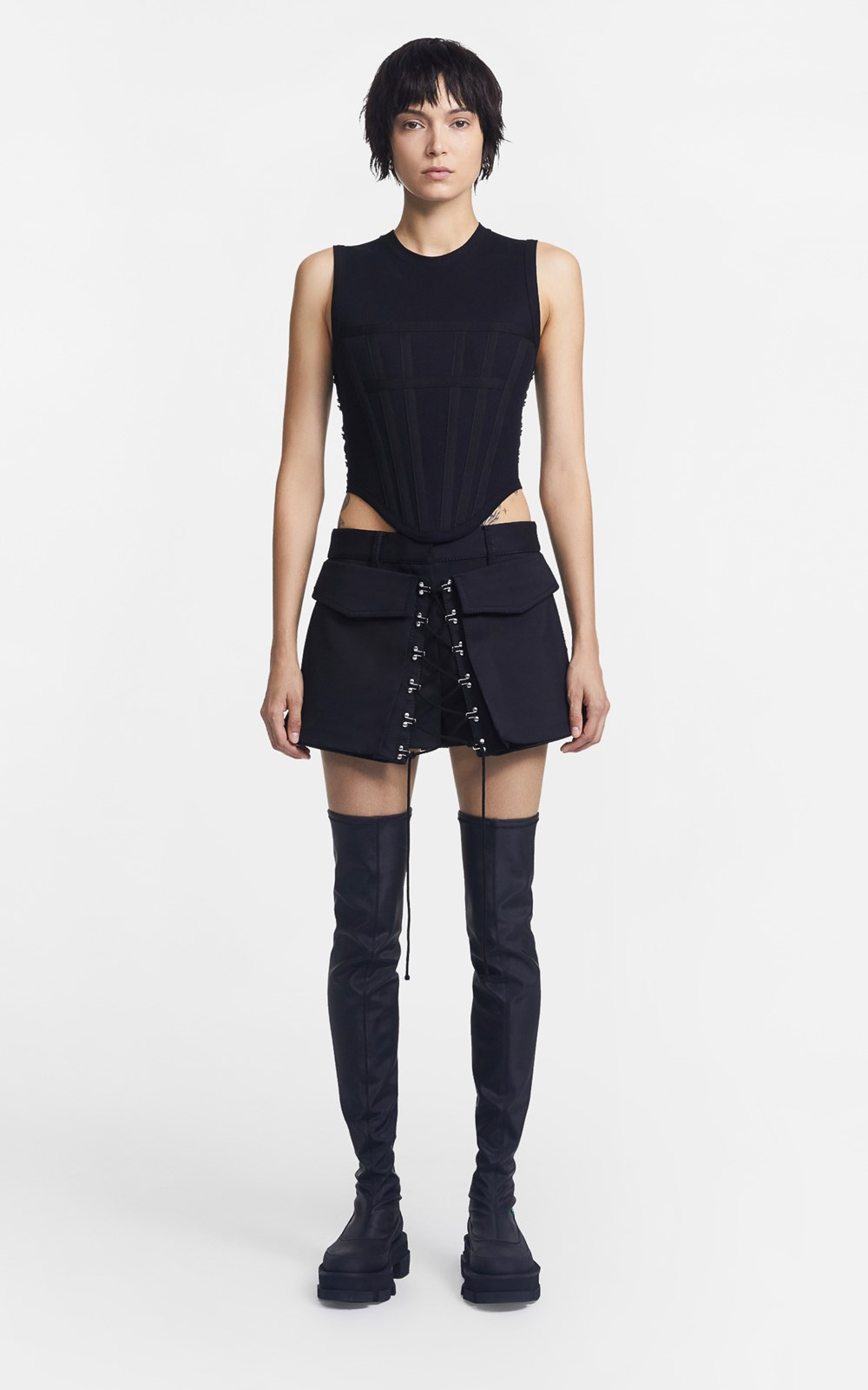 Pants | LACED RELEASE POCKET SHORT
