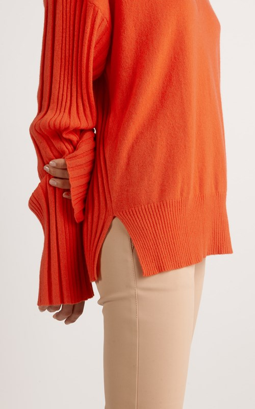 Tops  | CORRUGATED PLEAT CASHMERE SWEATER