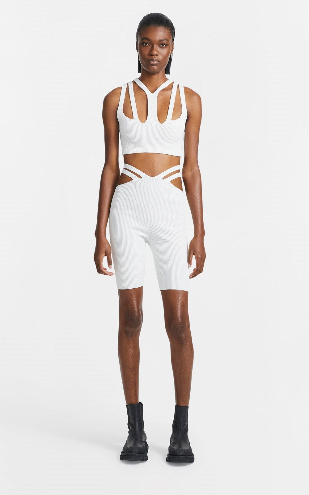 New  | LUSTRATE FORK CROP TOP