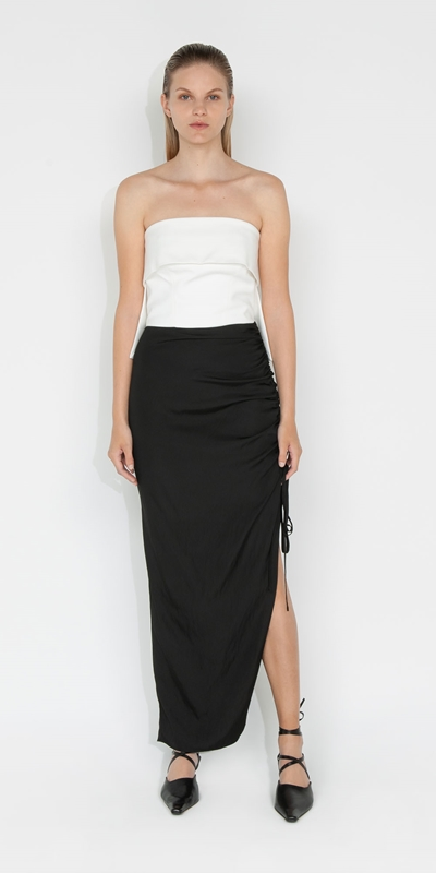 S21 Campaign | Drapey Tech Ruched Skirt