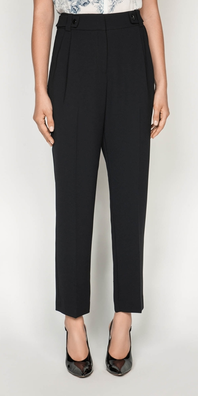 Sale  | Crepe Tapered Pant