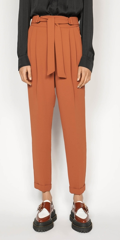 Pants  | Crepe Belted Tapered Pant