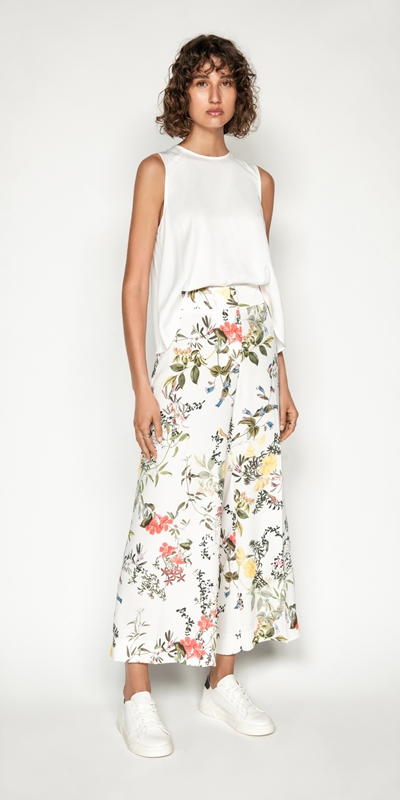 Wear to Work | Botanical Print Crop Pant