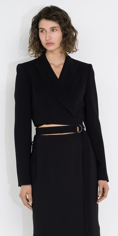 Cue Cares - Sustainable  | Cropped Wrap Blazer