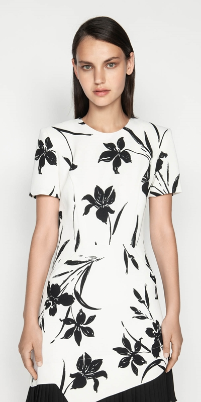 Tops  | Monochrome Floral Pleated Dress