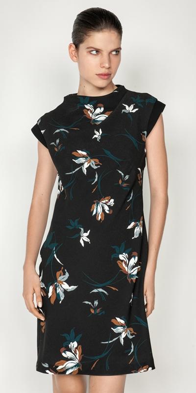 Dresses  | Floral Shift Dress