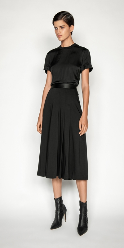 Cue Cares - Sustainable | Wool Pleated Skirt