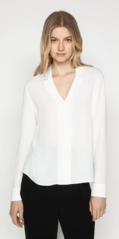Tops  | Crepe Notched Collar Top