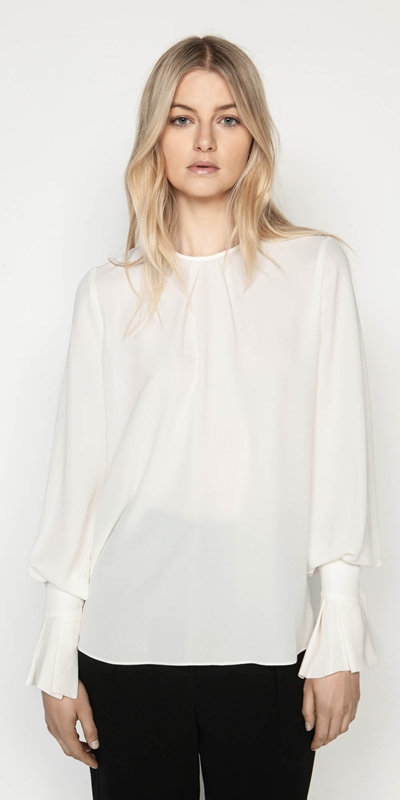 Tops  | Drapey Blouson Sleeve Top