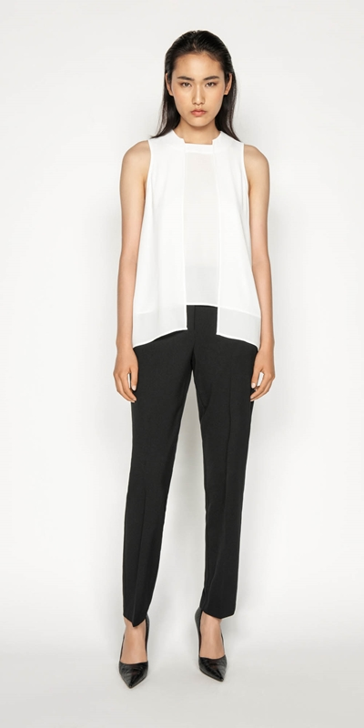Wear to Work | Shaped Hem Swing Top