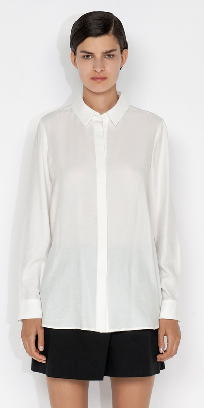 Wear to Work    Ruched Back Shirt