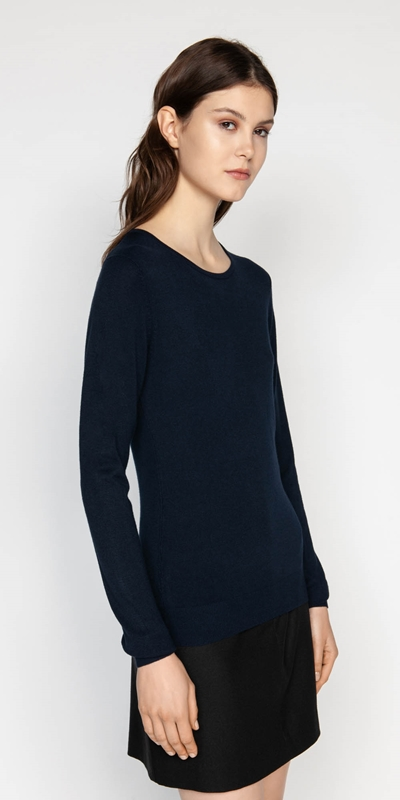 Knitwear  | Round Neck Long Sleeve Knit