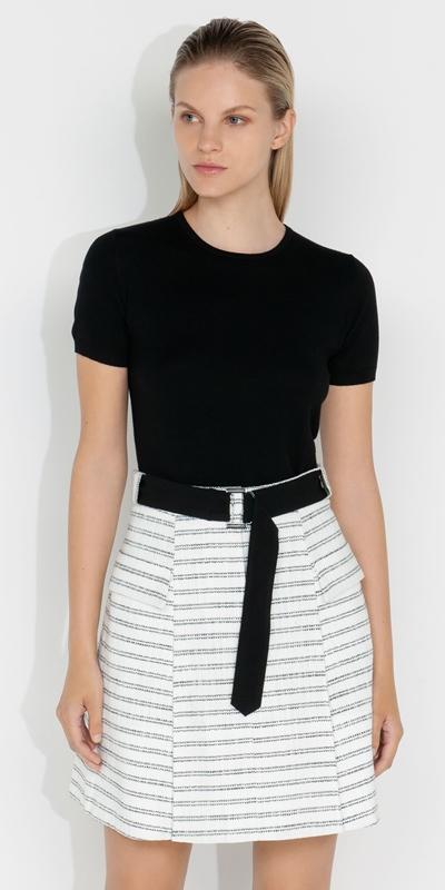 Knitwear    Short Sleeve Round Neck Knit